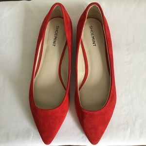Shoe Mint Red Suede Flats Size 8